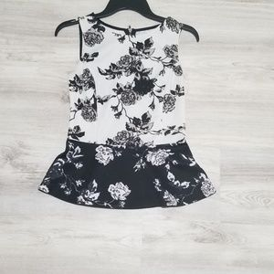Bar lll Black and white Floral peplum top